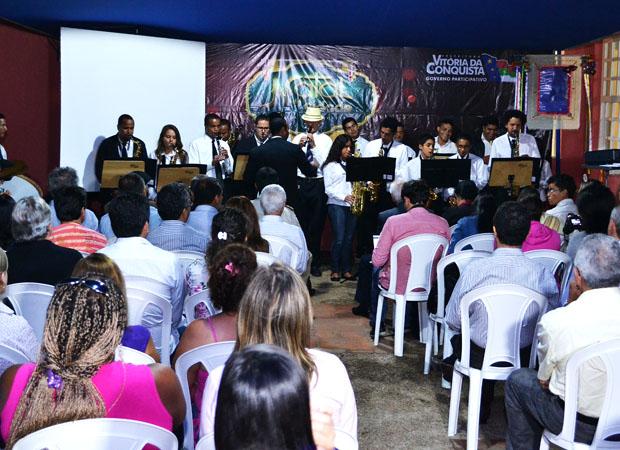 A Filarmônica se apresentou no inicio da coletiva. Foto: Luan Vinicius/Jovem Hits